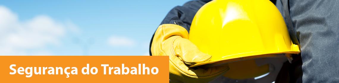 título para segurança do trabalho, foto de um trabalhador com equipamentos de segurança